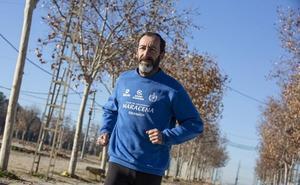Enrique Carmona: «Me cortaría la pierna para seguir corriendo con una ortopédica»