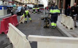 'Lavado de cara' a 68 calles «de casi todos los barrios» para arreglar baches y aceras