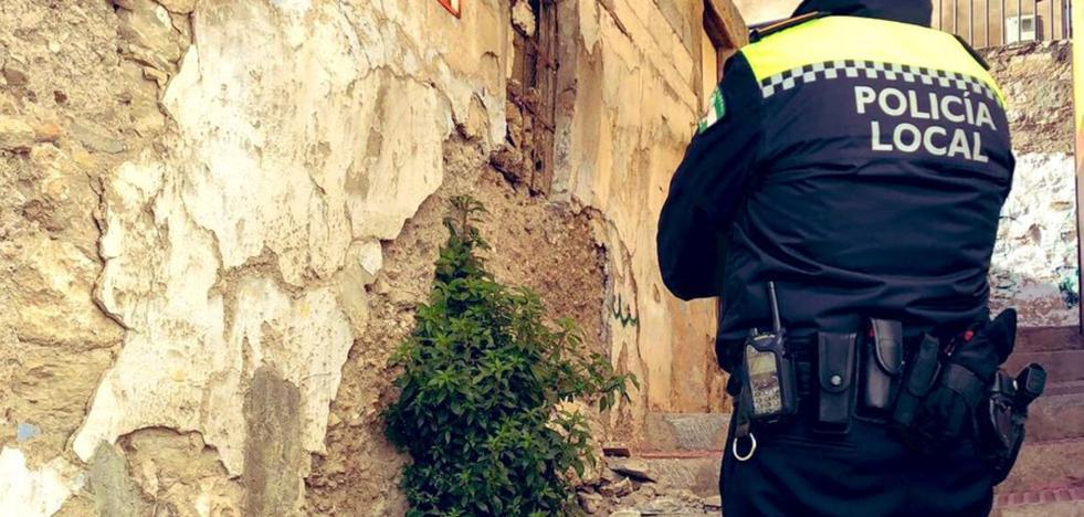 Reforzarán los muros del solar del derrumbe de Jaén de propiedad municipal