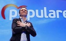 Casado rechaza en Granada «el mantra» de «tres derechas» y sitúa al PP como única alternativa ante el «frente popular»