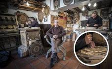¿Cómo se hacen las cajas de taracea? Un arte milenario que bebe de la Alhambra