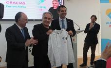 Adrià propone a Almería que defina qué es la tapa y que lo 'venda' por todo el mundo