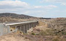 Adif adjudica nuevos contratos en dos tramos del AVE Almería-Murcia