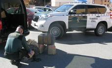 Interceptados dos vehículos con 163 kilos de hachís en la provincia de Granada