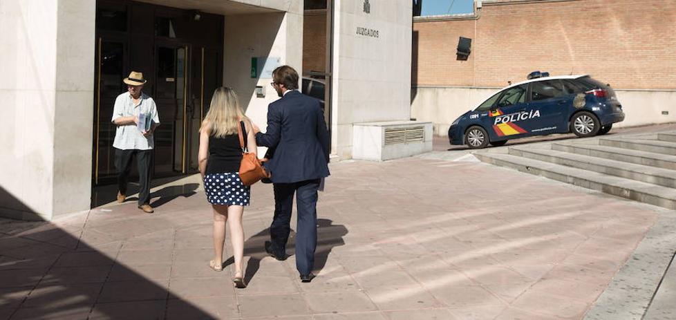 Detienen al empresario que firmó las peonadas falsas a 76 personas investigadas