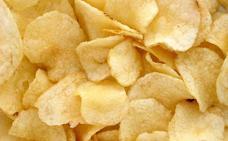 La OCU advierte del peligro de los chips vegetales