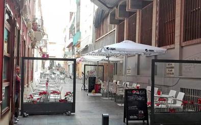 El Ayuntamiento de Almería recorta el horario de las terrazas