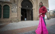 «Sólo quiero cumplir mi sueño de torear en Granada»