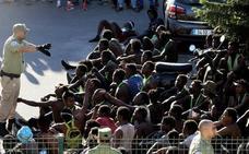 La UE compromete más apoyo a Marruecos para contener la migración irregular