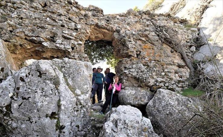 Así es la 'ruta troglodita' por Guadix con un espectacular atardecer