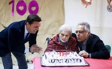Un siglo cumpliendo años