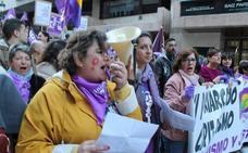 Una marea violeta toma las calles de Jaén