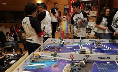 130 jóvenes compiten con sus creaciones Lego