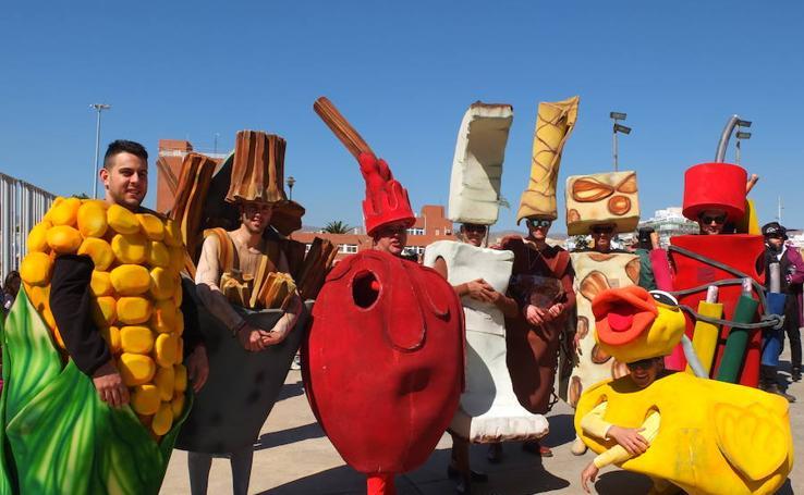 Las mejores imágenes del Carnaval de Almería