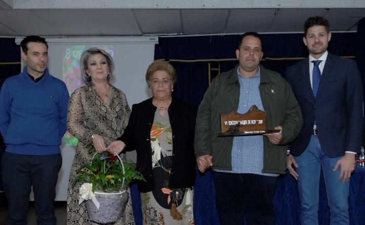 Gala de homenaje a las mujeres en Lanjarón