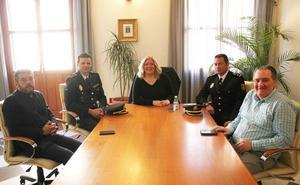 La alcaldesa recibe al nuevo comisario de la Policía Nacional de Motril