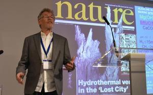 Expertos internacionales debaten en Granada los últimos avances científicos relacionados con el origen de la vida