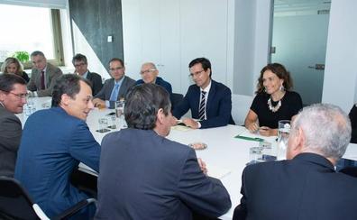 La comisión del acelerador de partículas se reúne hoy en Madrid