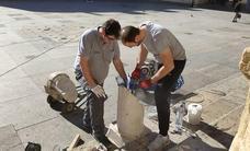 Restaurado el pilar de la Catedral del siglo XVIII roto el Miércoles de Ceniza