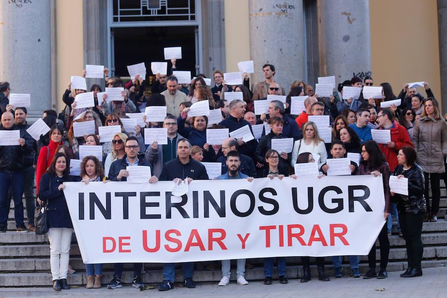 Protestas en la UGR de los trabajadores interinos