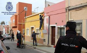 Macrooperación en Almería contra el fraude eléctrico y el cultivo de marihuana