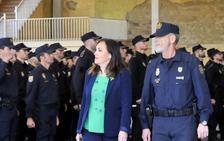 127 policías concluyen un curso de especialización en La Enira