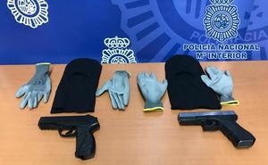 El juzgado envía a prisión a tres detenidos por seis atracos en la capital