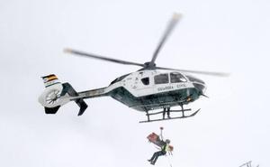 Trasladan al hospital a un joven tras caer en una zona de rocas en Monachil