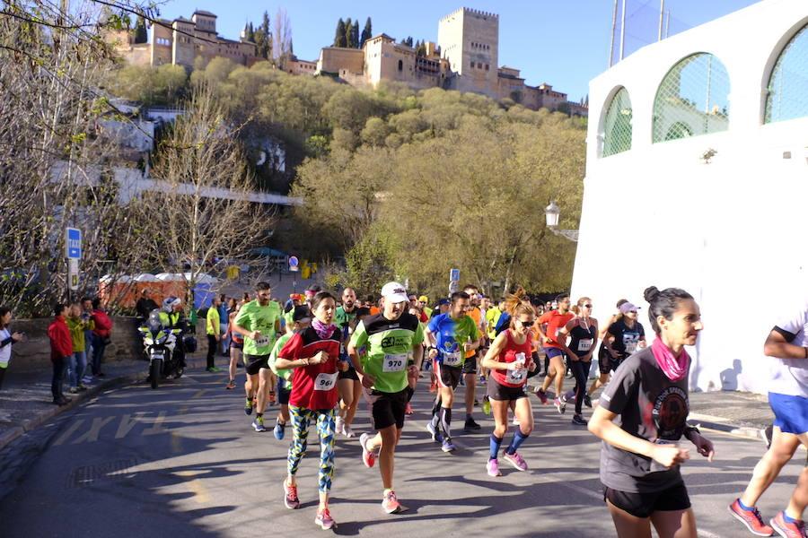 Una exigente carrera cruza el Centro de Granada, el Albaicín y el Sacromonte