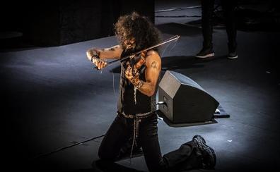 Ara Malikian llena el Auditorio de Roquetas de Mar con un doble espectáculo musical