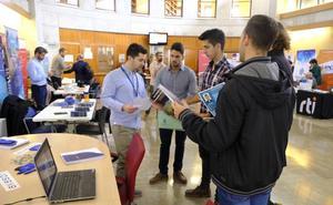 Una veintena de empresas oferta más de 320 puestos de trabajo en Granada para profesionales TIC