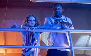 Idris Elba fracasa como Dj en 'Turn Up Charlie'