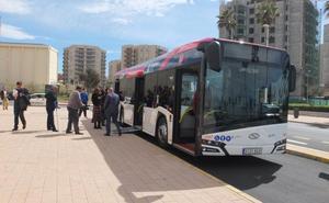 Los 20 buses que conectan con la Universidad tendrán wifi