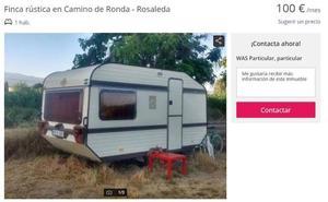 El peculiar 'piso' de alquiler que se oferta en Granada es legal: una caravana en pleno campo