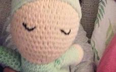 Final feliz: encuentran la muñeca «de gran valor» que perdió una niña en Granada