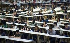 La Junta anuncia 1.038 nuevas plazas para maestros y catedráticos en Andalucía