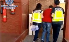 Arrestan a un pederasta británico en Albox acusado de más de 50 delitos sexuales