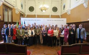 Reconocimiento tras 40 años de trabajo en la Diputación de Jaén