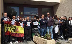 Funcionarios de El Acebuche vuelven a la calle para protestar por la agresión de Soto del Real