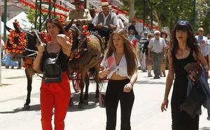 El Ayuntamiento de Granada prepara un plan contra agresiones sexuales en la feria del Corpus
