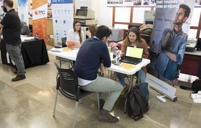 Casi la mitad de las ofertas de trabajo para profesionales TIC son para empresas de Granada