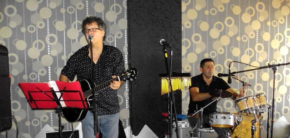 Los Salmones de Granada homenajearán a los grandes del rock español en Motril