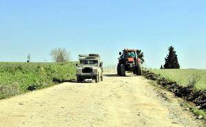 Moreno anuncia un nuevo Plan de Caminos Rurales por importe de 60 millones de euros