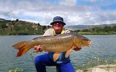 ¿En qué ríos se puede pescar en Granada?