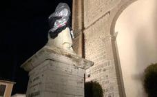 Patrimonio y Cultura buscan restaurador para la cabeza de la estatua del Cardenal Belluga