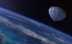 Viajar al espacio en cinco horas: los secretos del globo granadino