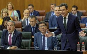 Moreno cifra en 32.000 los migrantes irregulares con tarjeta sanitaria y defiende velar por sus vidas