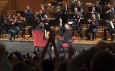 Más de 2.000 niños bailan al son de la OCG en un nuevo recital didáctico