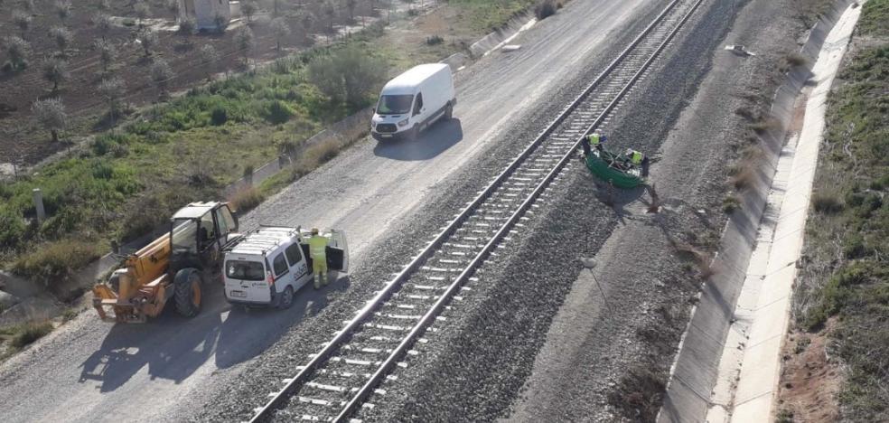 ADIF acaba este mes la obra que suprimirá uno de los cuatro transbordos del tren a Sevilla