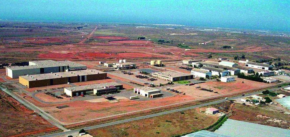 Un fallecido y un herido en un accidente laboral en la planta de Michelin en Níjar